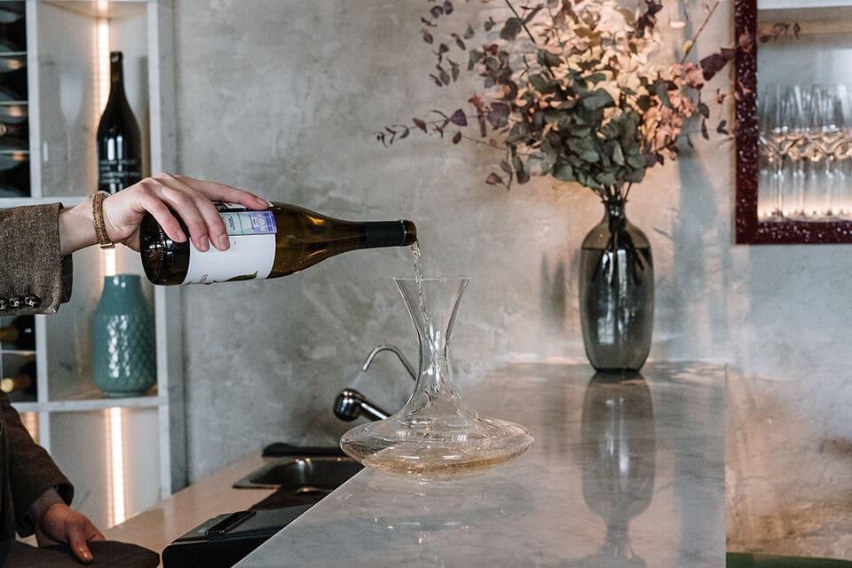 Dekantiranje belog vina